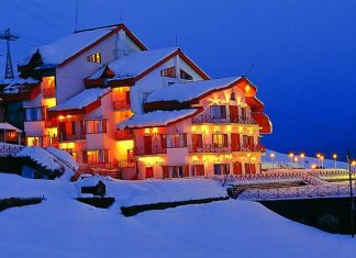 Places to stay in Auli