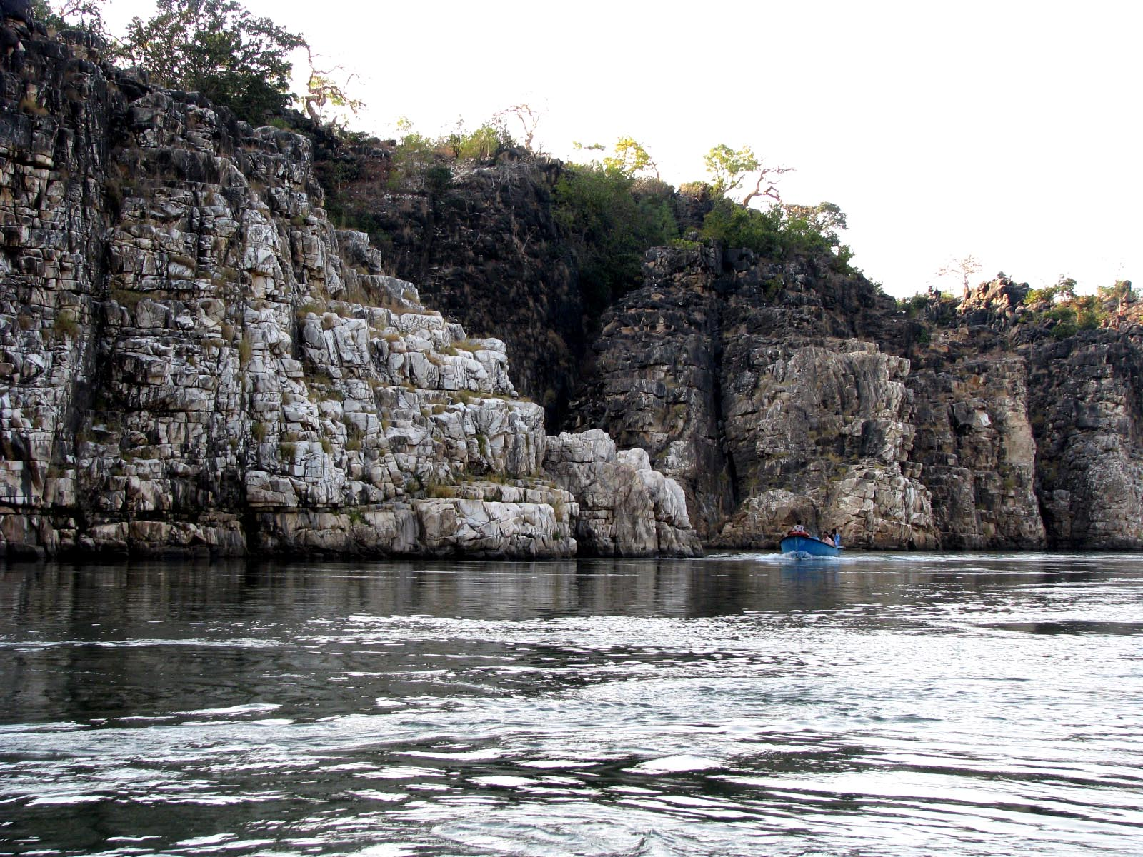 places to visit near jabalpur