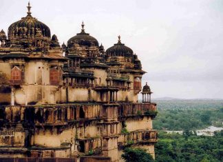 Places to visit in Orchha