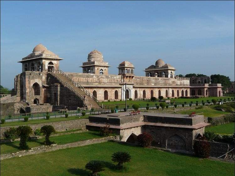 mandu - places to visit