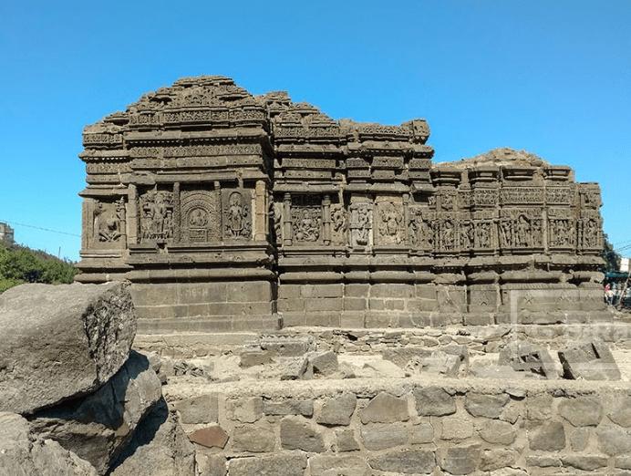 Lakulisa temple