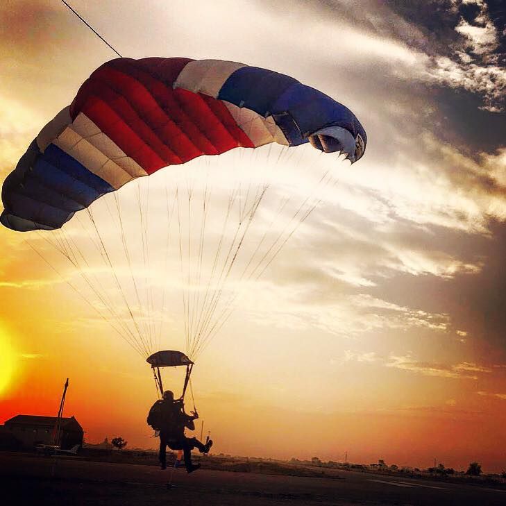 Skydiving near Delhi