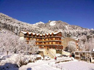 Snow fall during New Year- Choose Best new year Packages