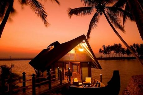 Honeymoon package to Kerala