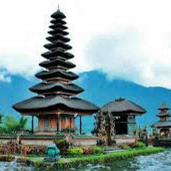 book honeymoon in Bali