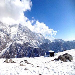 triund-snow-trek