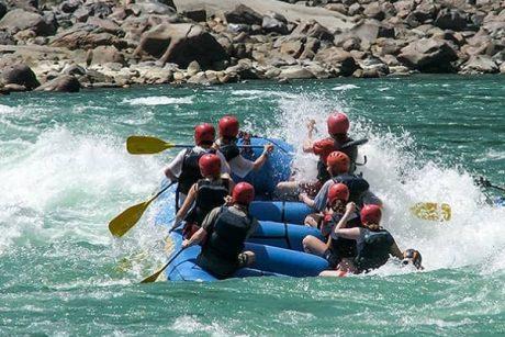 Alaknanda-River-Rafting